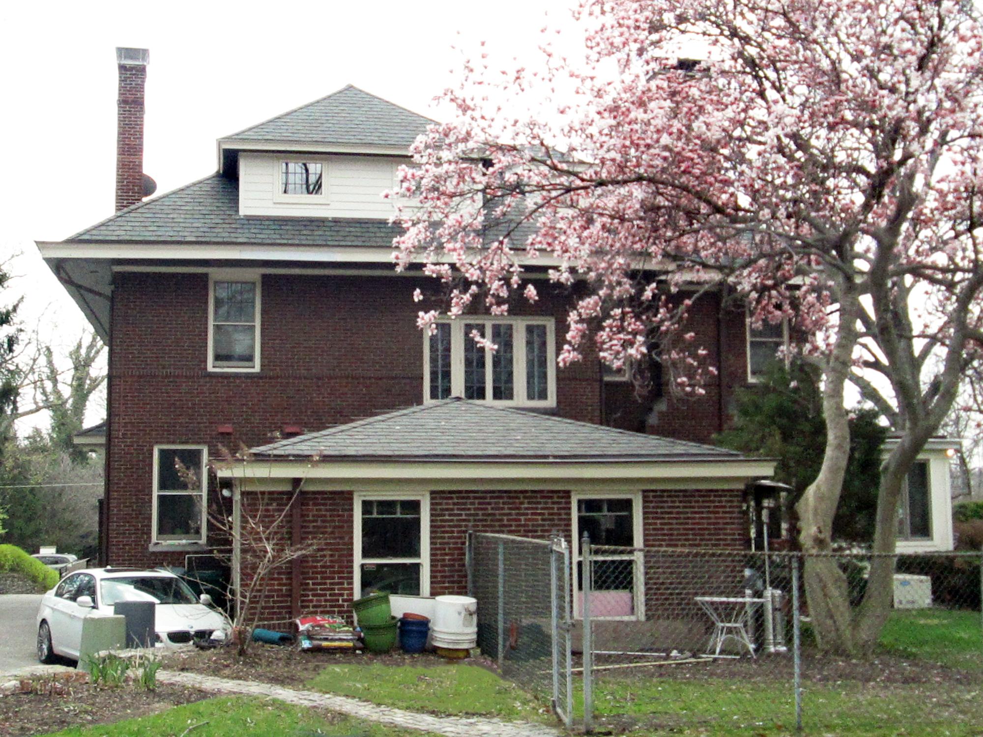 Existing house and garage Hyde Park, Cincinnati Residence