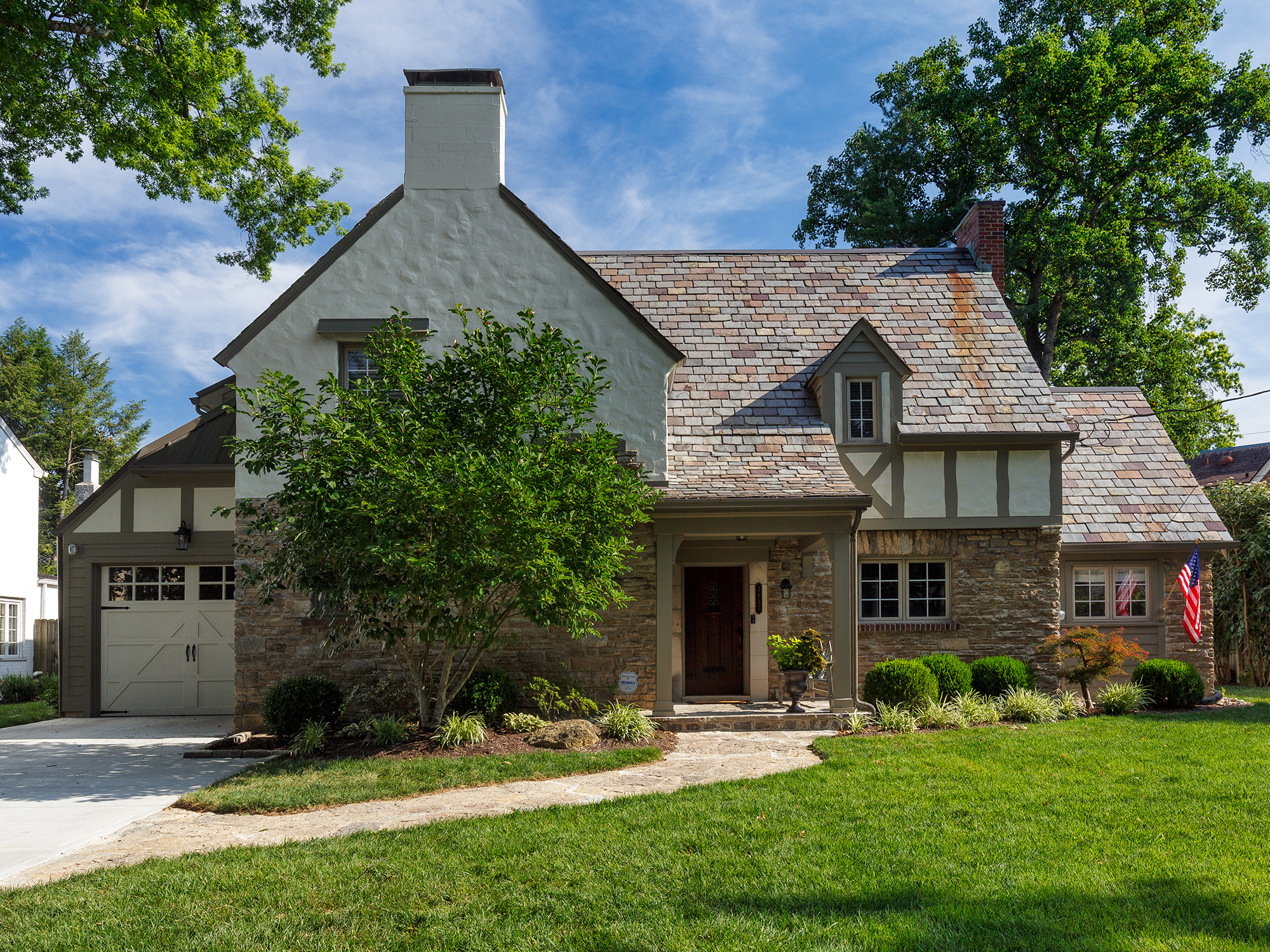 covered front porch Tudor style Cincinnati residential architecture Tom Wilcox Architect