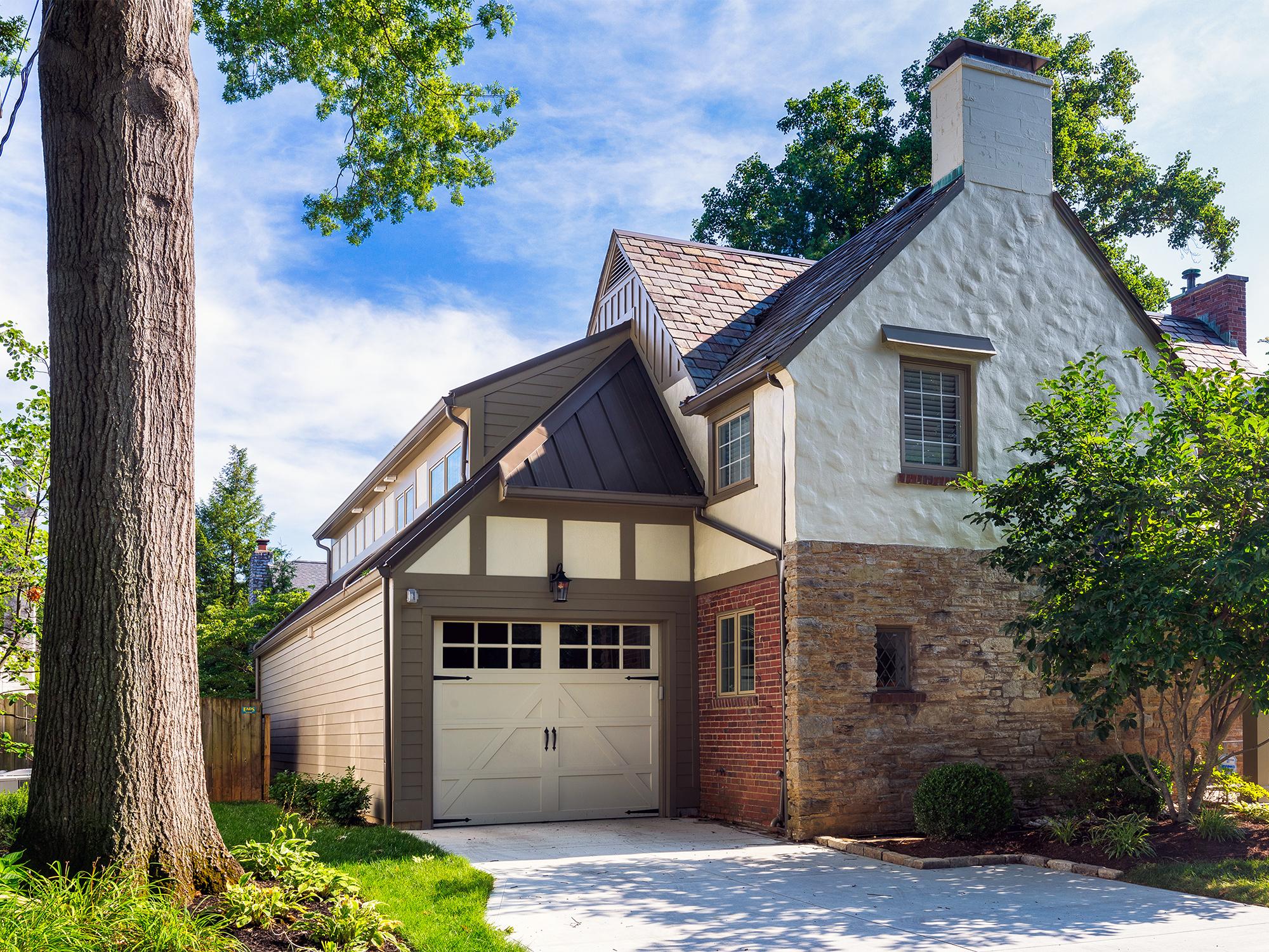 addition to historic Tudor Hyde Park Cincinnati Wilcox Architecture residential