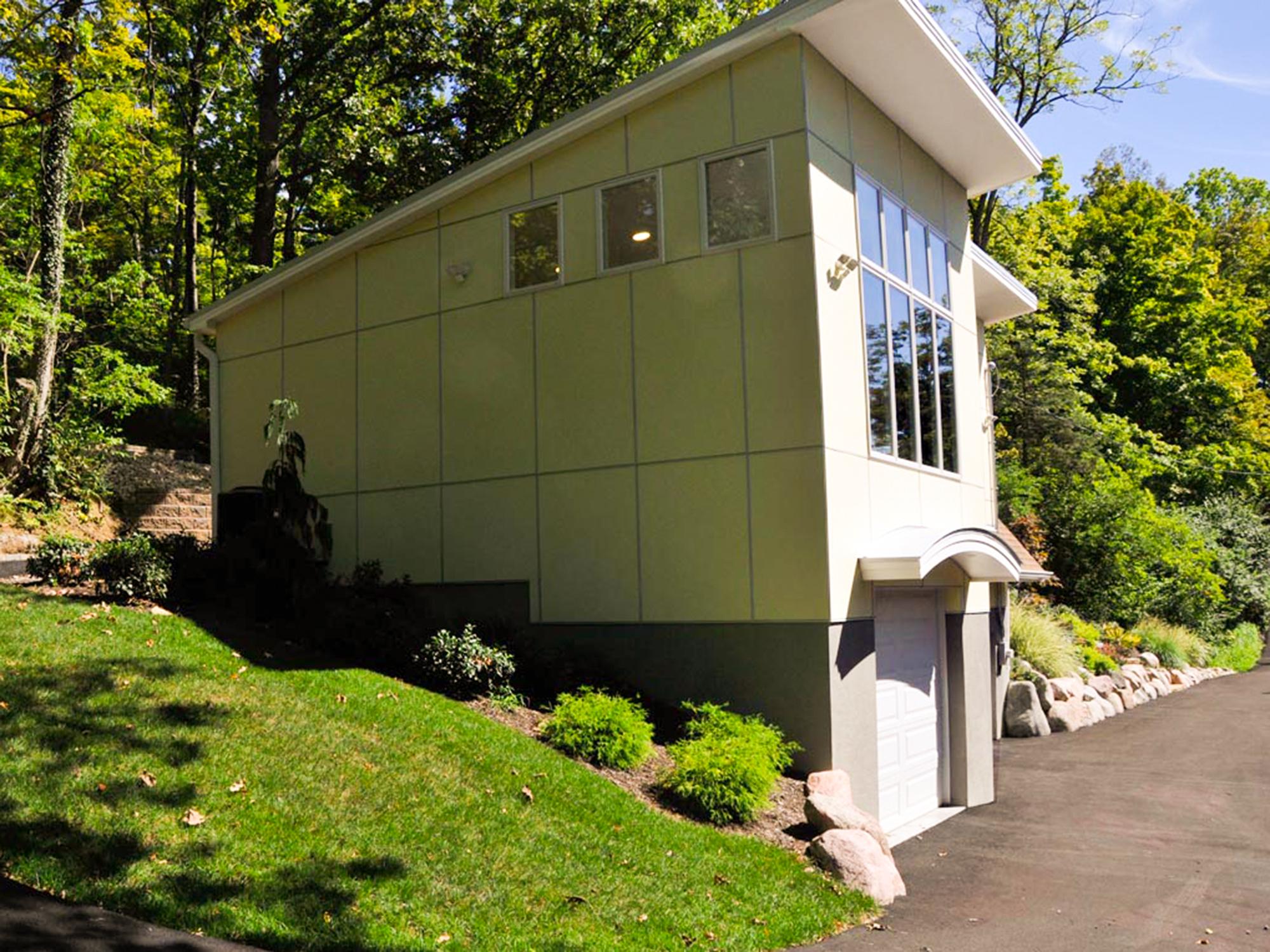 Art studio over 3-stall garage Wilcox Architecture