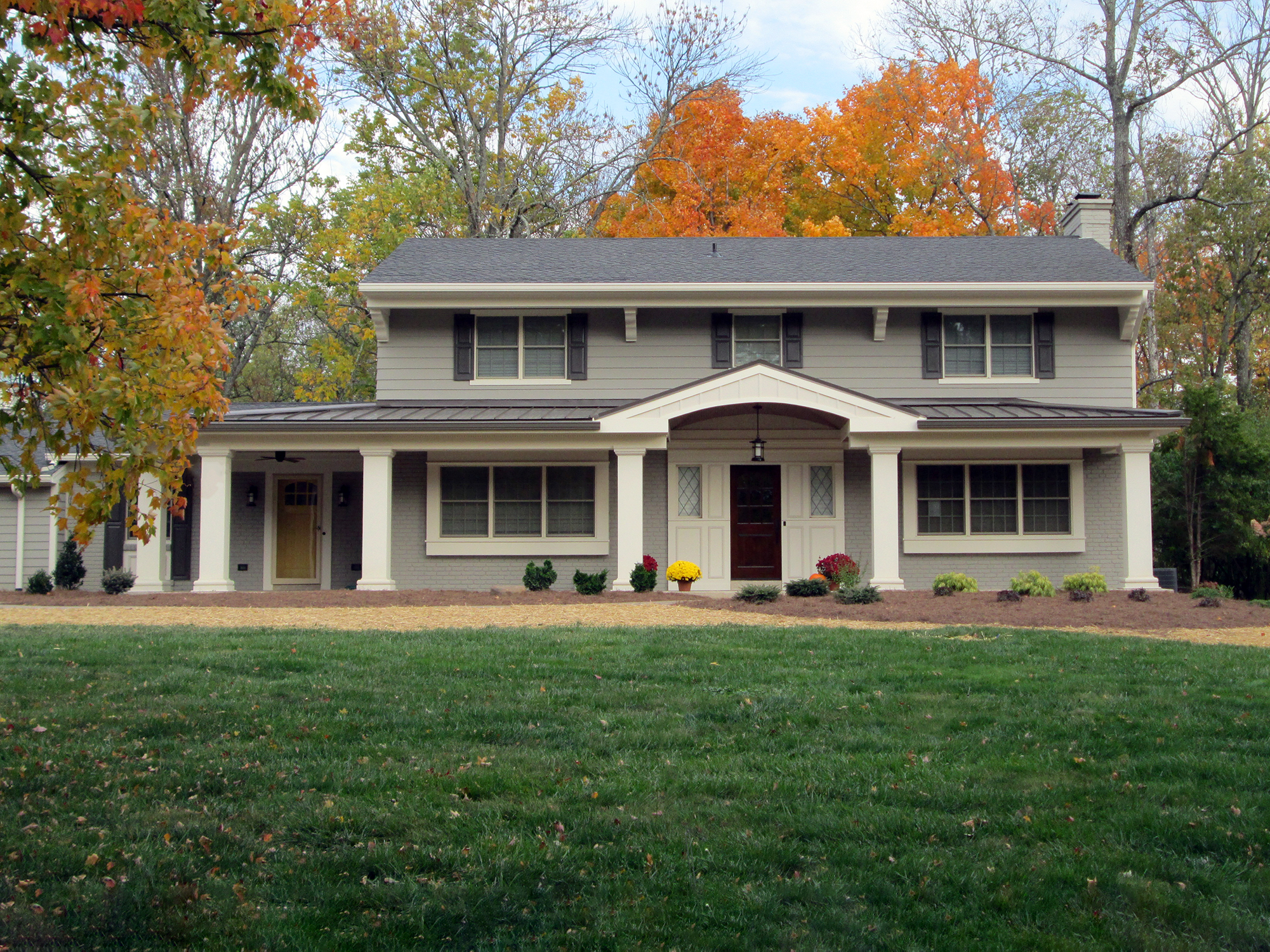covered front porch Indian Hill residential architecture Tom Wilcox Cincinnati