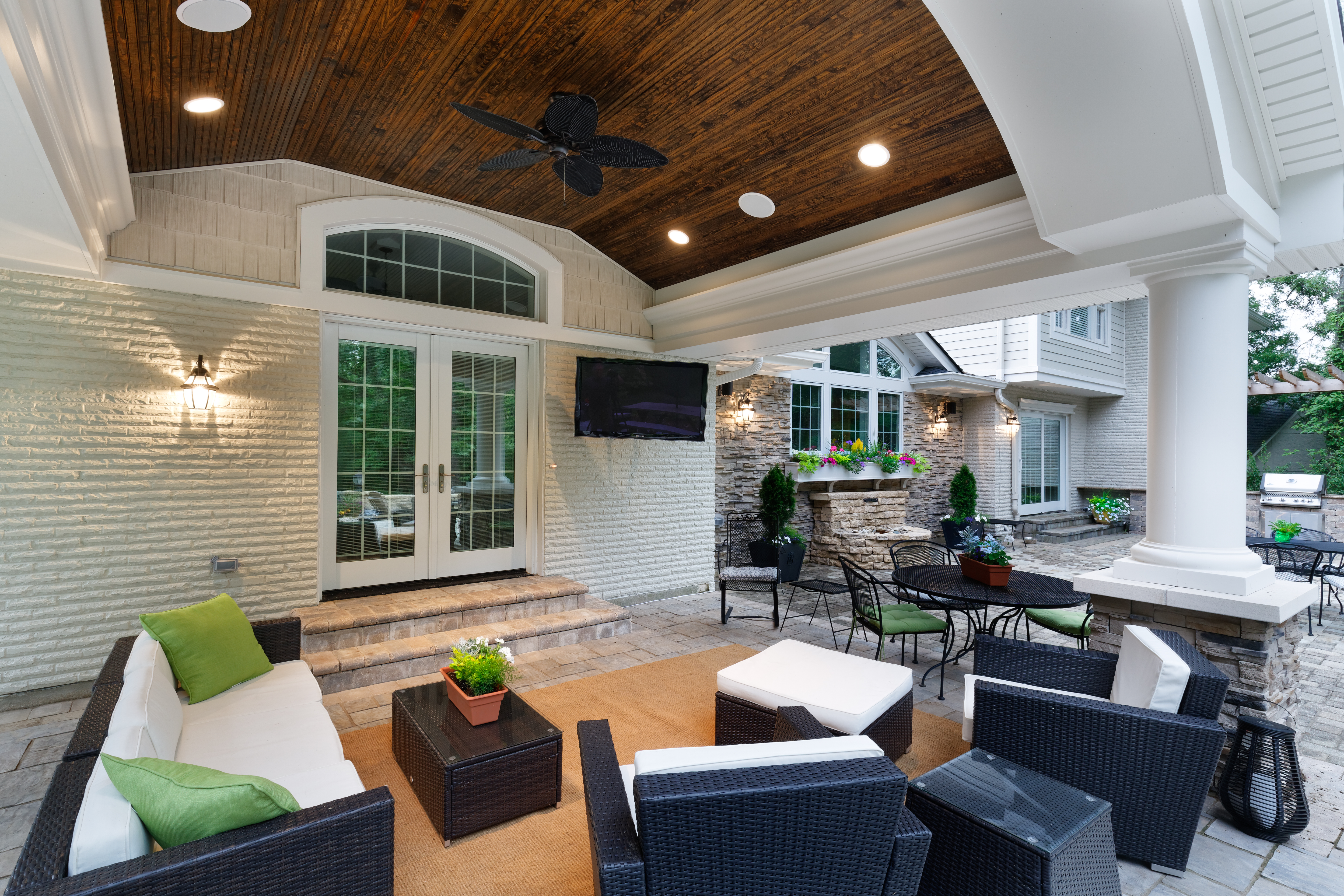 New Outdoor Living space in East Hyde Park designed by Wilcox Architecture