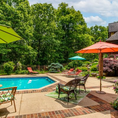 pool patio with brick details