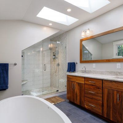 Hyde Park Master bathroom Wilcox Architecture
