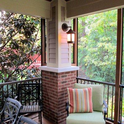 Screened porch corner column