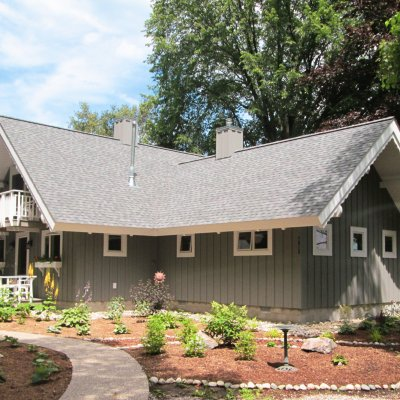 Michigan cottage renovated by Tom Wilcox